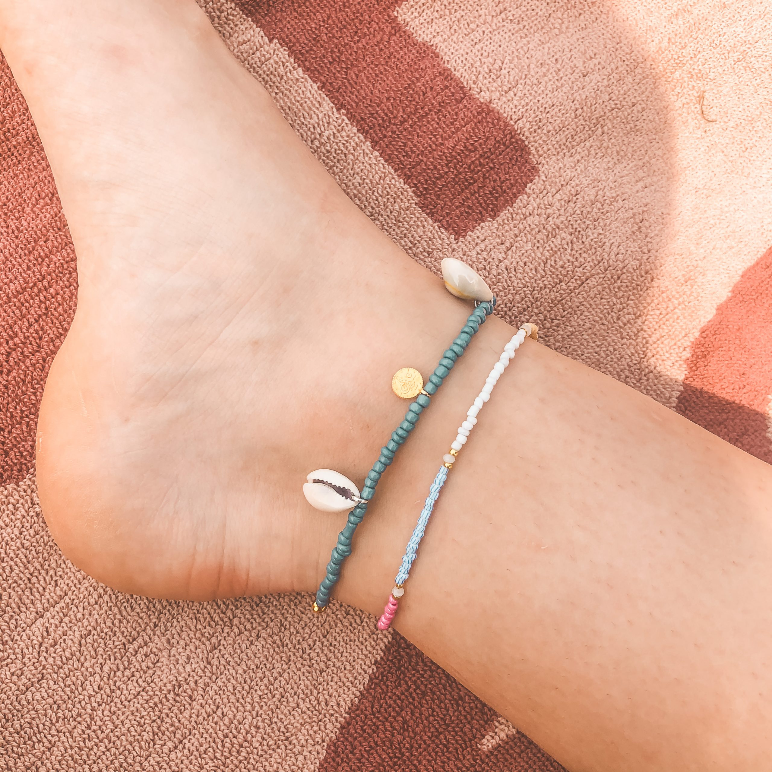 Shells coins anklet navy gold