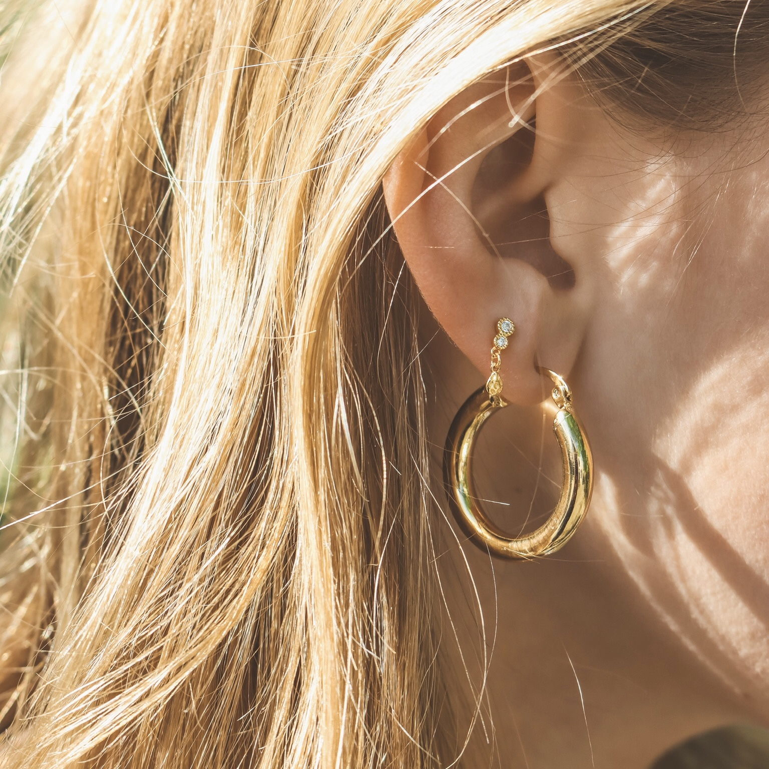 925 gold dangling hoops