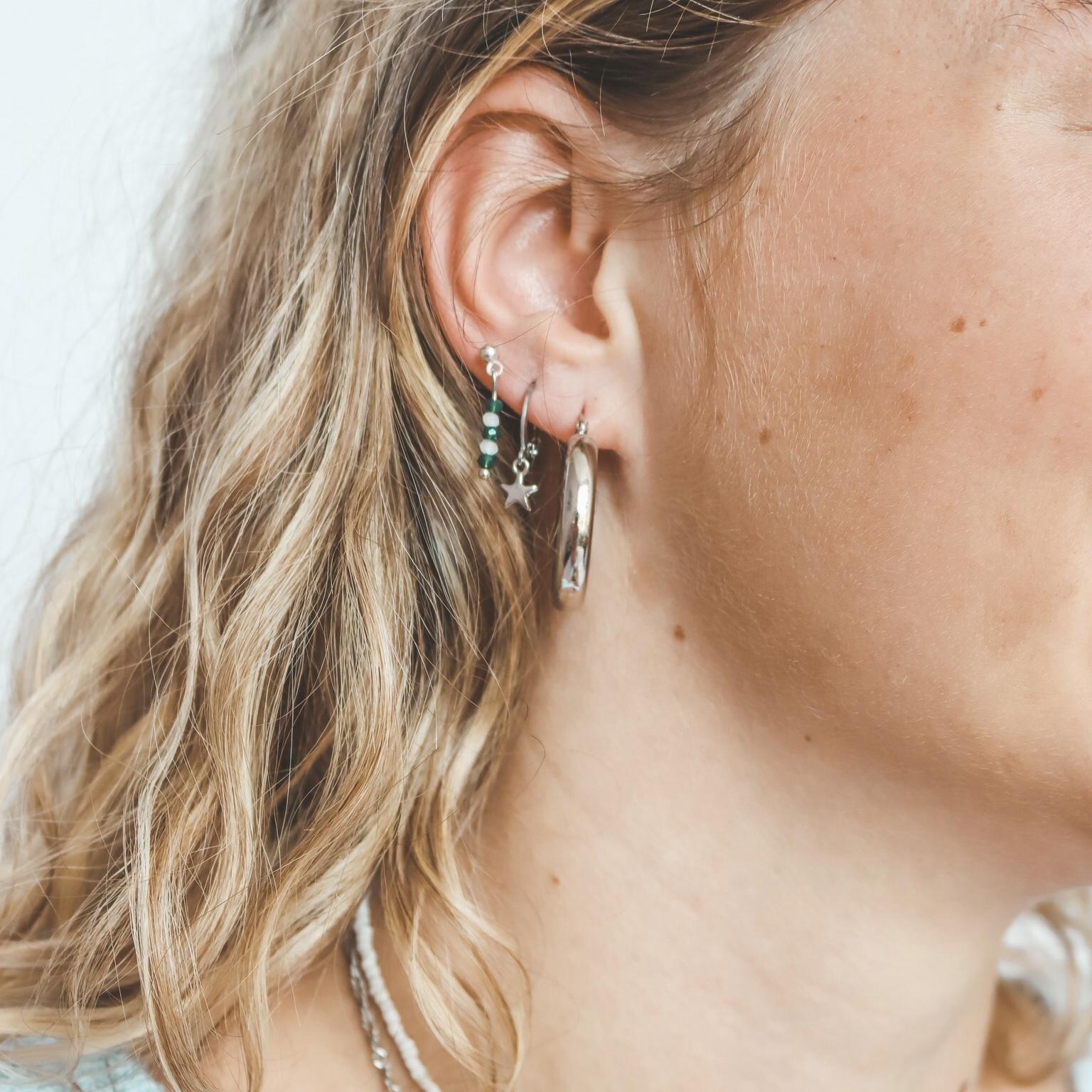 Earring pin silver green white