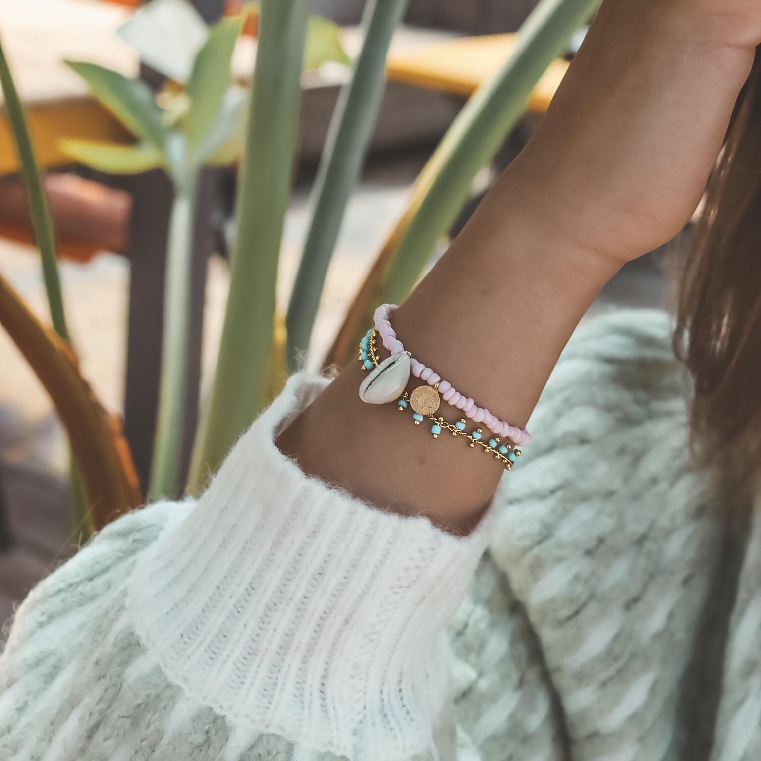Shells coins bracelet pink