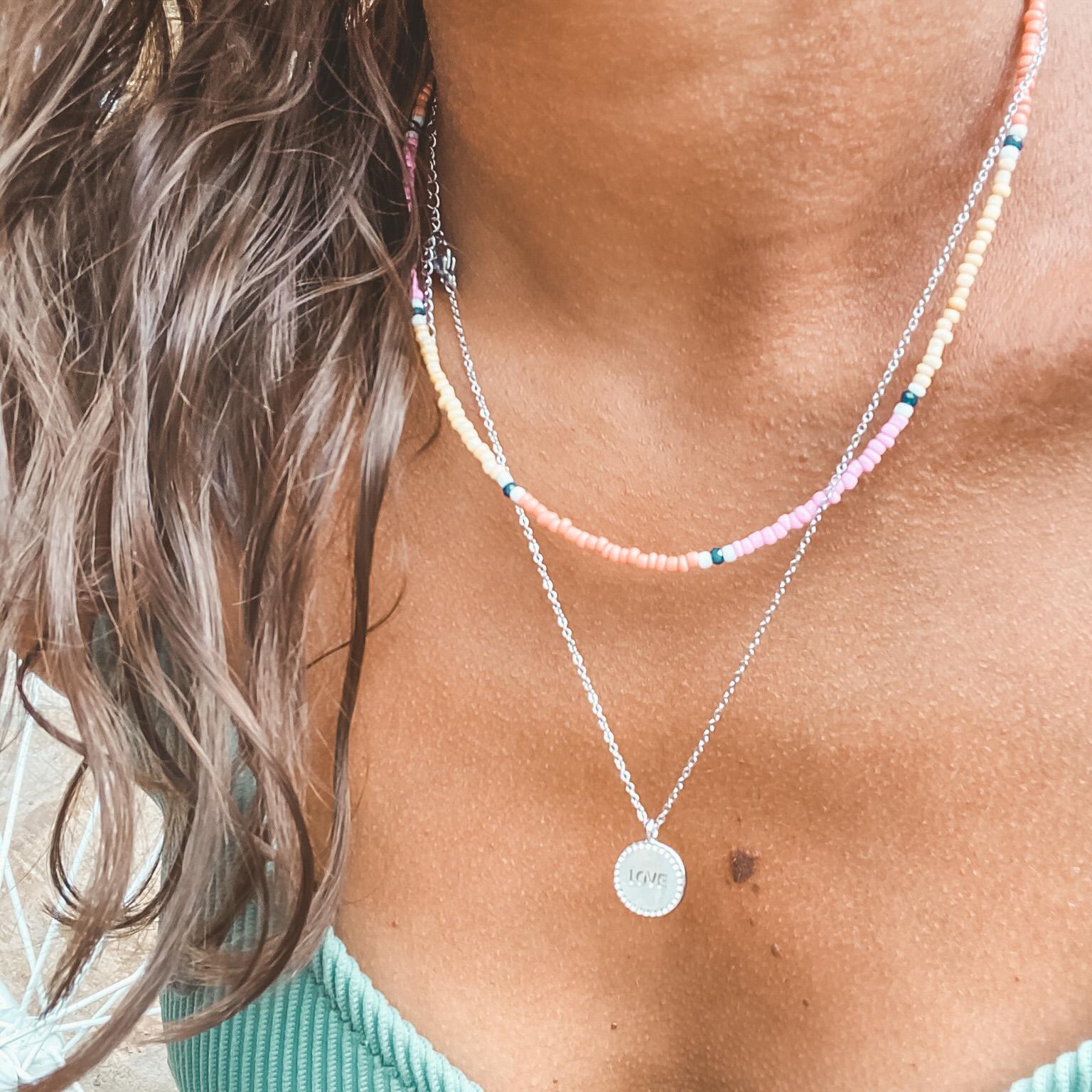 Fine jewelry: round love silver