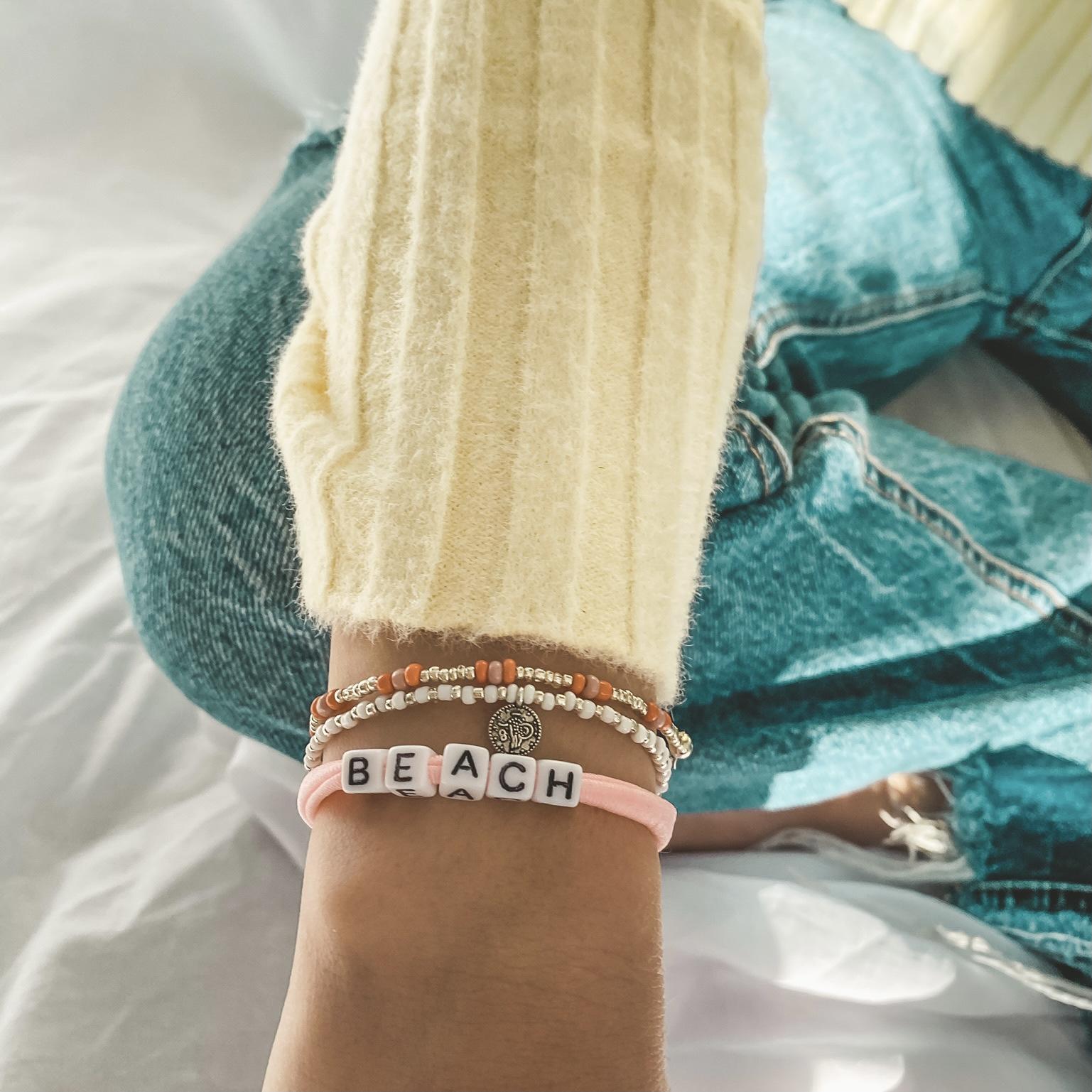 Coral pink silver bracelet