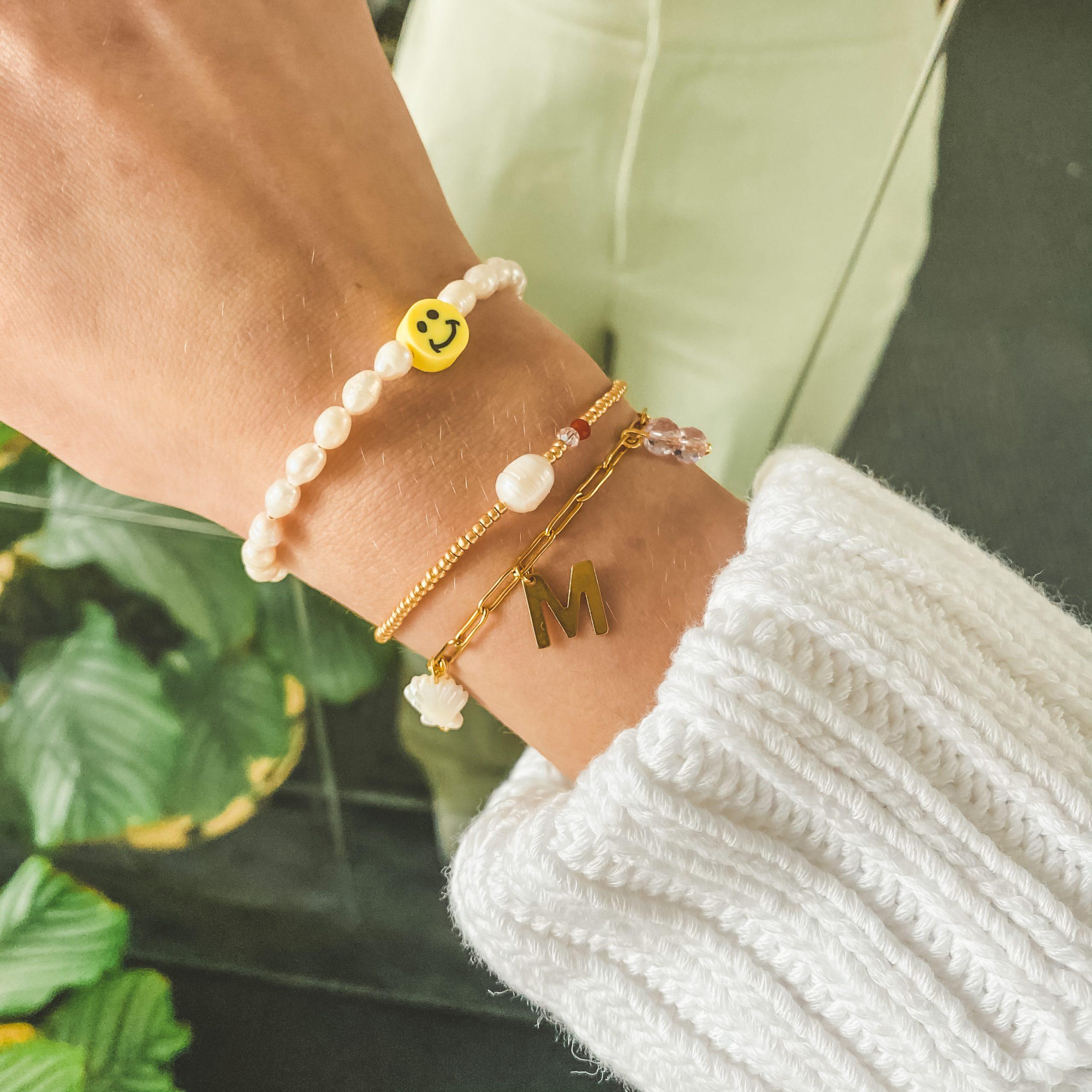Beach charms bracelet gold